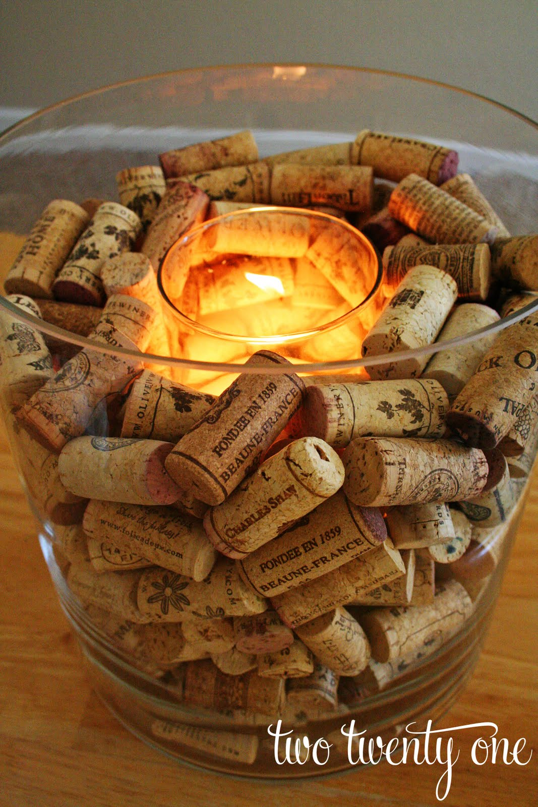wine+cork+candle+holder+1