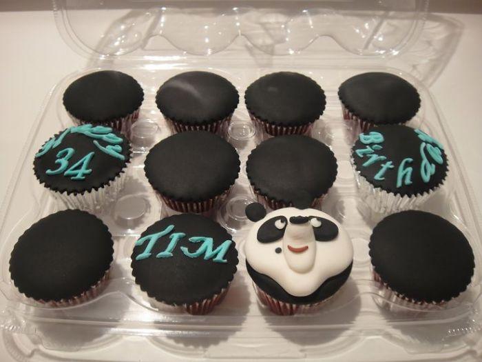 Cute-panda-cupcakes8__700