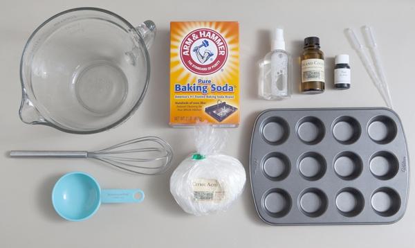Domácí-šumivé-bomby-do-koupele-pomůcky